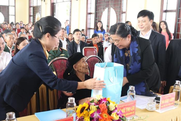 Phó Chủ tịch Thường trực Quốc hội: Nghệ An luôn đi đầu trong việc thực hiện chính sách xã hội - Ảnh 3.