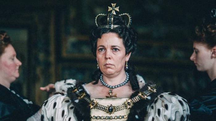 Olivia Colman với vai diễn Nữ hoàng Anne trong phim The Favourite