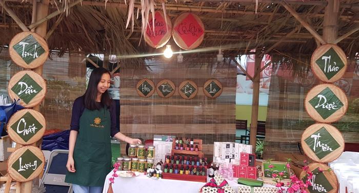 Rộn ràng phiên chợ Tết xưa tại Bảo tàng Phụ nữ Việt Nam - Ảnh 5.