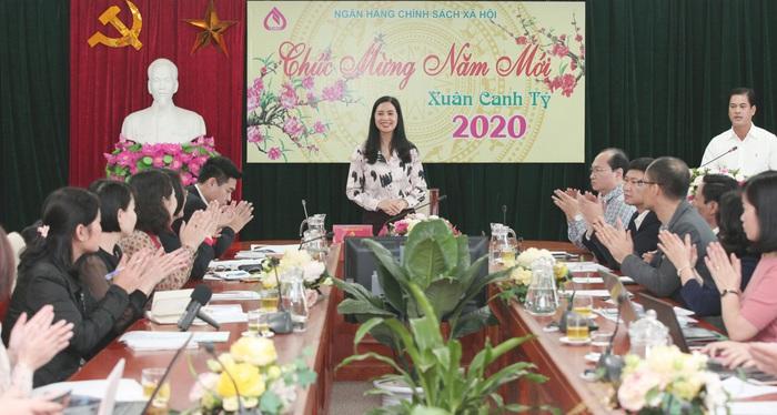 Bà Trần Lan Phương, Phó Tổng Giám đốc NHCSXH tại buổi gặp mặt báo chí trao đổi thông tin về kết quả hoạt động năm 2019 và triển khai nhiệm vụ 2020.