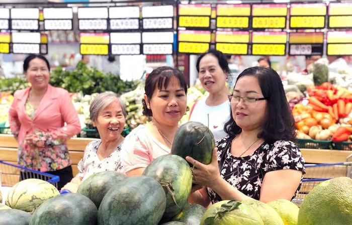 Người dân TPHCM vào cuộc hỗ trợ tiêu thụ nông sản - Ảnh 1.