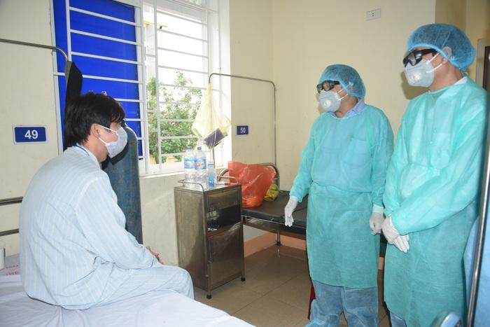 Cách ly người phụ nữ từ Trung Quốc trở về để chờ kết quả xét nghiệm nCoV - Ảnh 3.