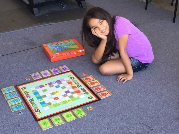 Samaira Mehta tìm hiểu về ngôn ngữ lập trình khi mới 6 tuổi