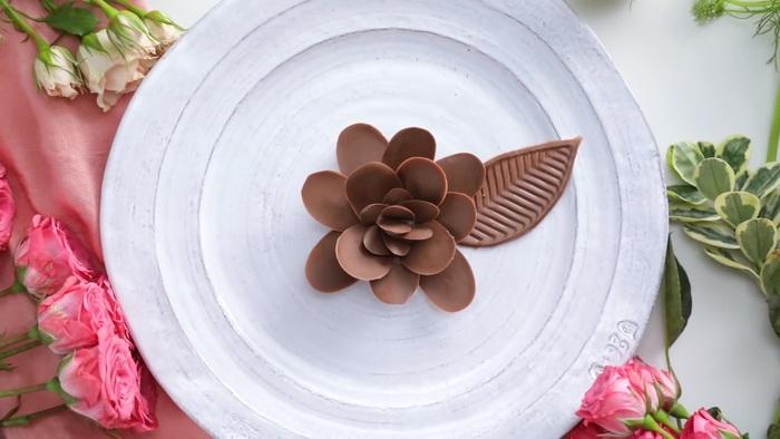 4 món chocolate đơn giản dành tặng người thương trong ngày lễ Tình nhân  - Ảnh 2.