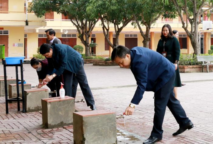 Nghệ An: Học sinh toàn tỉnh dự kiến sẽ đi học trở lại từ ngày 17/2 - Ảnh 1.