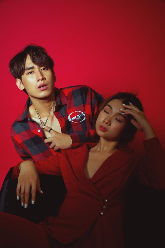 Phạm Huỳnh Xuân An còn là một dancer, người mẫu đã tham gia trong một số MV của các ca sĩ, được nhìn nhận là một gương mặt nam ăn ảnh khi xuất hiện trước ống kính