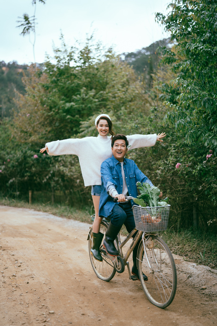 """Trường Giang – Nhã Phương """"trốn con"""" chụp ảnh Valentine ngọt ngào - Ảnh 3."""