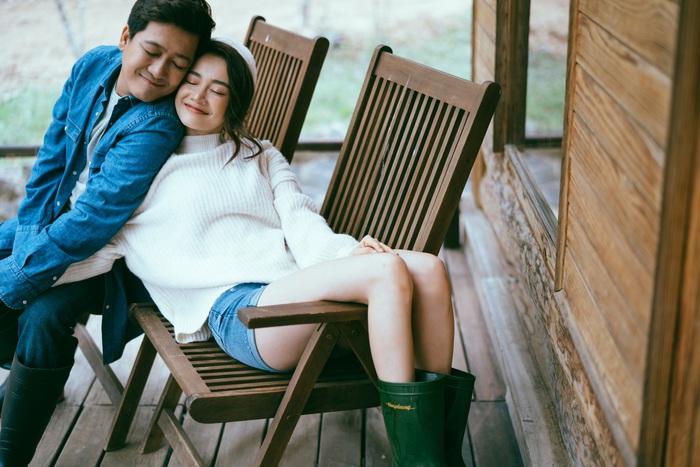 """Trường Giang – Nhã Phương """"trốn con"""" chụp ảnh Valentine ngọt ngào - Ảnh 1."""