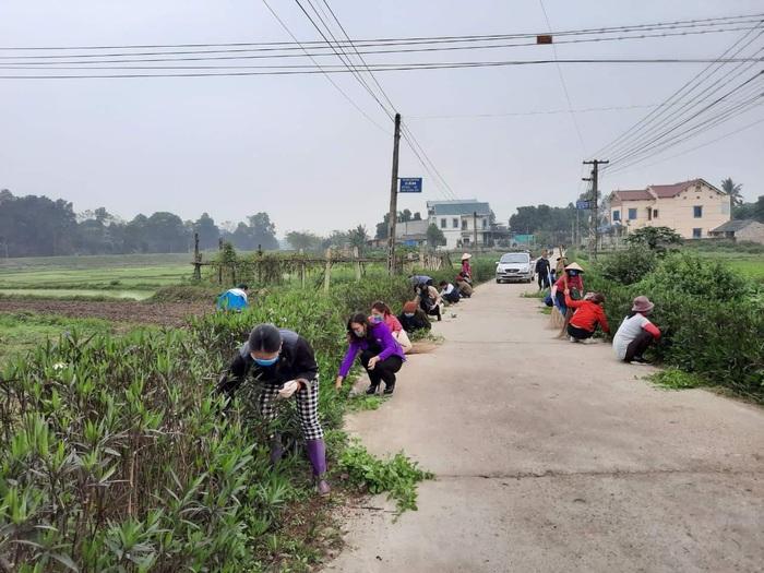 Phụ nữ Thái Nguyên đẩy mạnh phong trào '3 có' góp phần đẩy lùi Covid-19 - Ảnh 4.