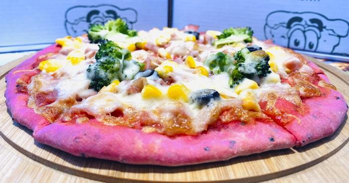 Món bánh pizza thanh long đỏ được ra mắt người tiêu dùng Hà Nội từ ngày 18/2/2020