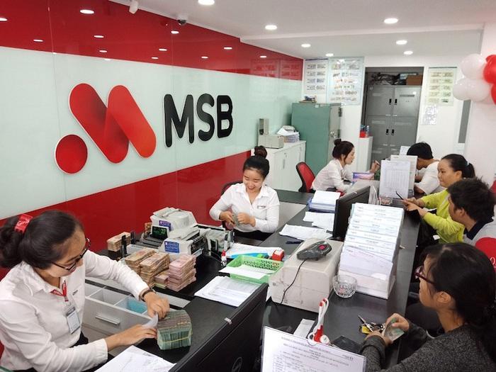 Các ngân hàng khuyến khích thực hiện giao dịch trực tuyến, thanh toán online thay cho giao dịch trực tiếp.