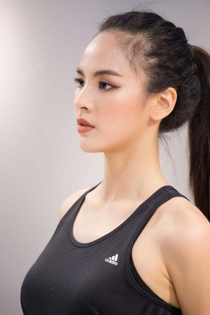 Quỳnh Nga đang nỗ lực hết mình cho cuộc thi Miss Charm 2020