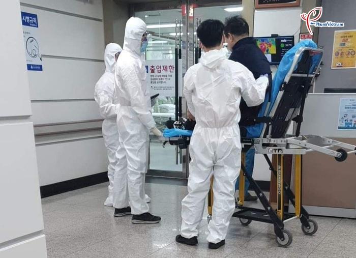 """Thành phố Daegu như """"đứng hình"""" trong tâm điểm dịch SARS-CoV-2 - Ảnh 11."""