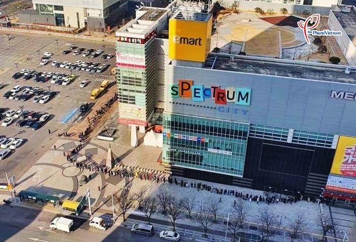 """Thành phố Daegu như """"đứng hình"""" trong tâm điểm dịch SARS-CoV-2 - Ảnh 5."""