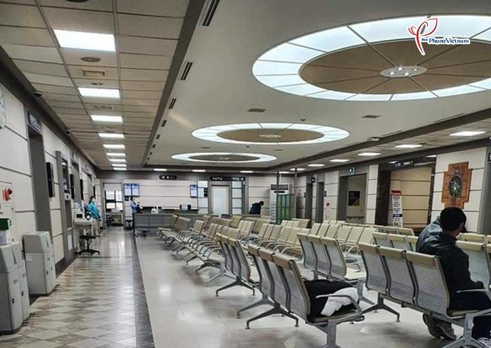 """Thành phố Daegu như """"đứng hình"""" trong tâm điểm dịch SARS-CoV-2 - Ảnh 8."""