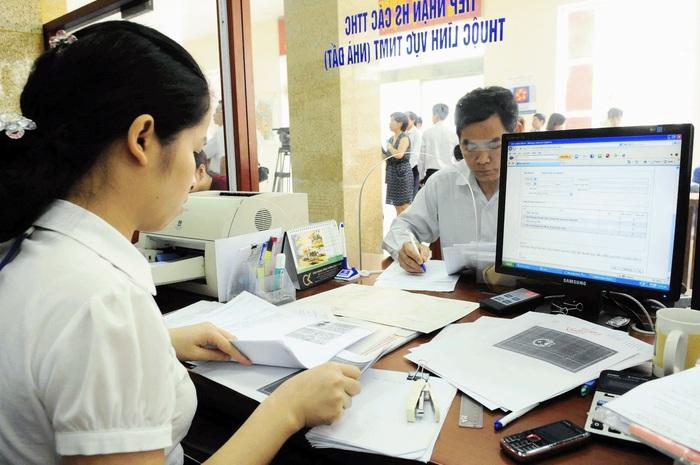 Quý II cung cấp dịch vụ công trực tuyến liên thông đăng ký khai sinh, thường trú, cấp BHYT - Ảnh 1.