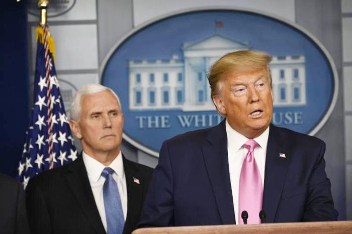 Ông Trump chỉ định Phó tổng thống Mỹ Mike Pence chịu trách nhiệm về phản ứng của Mỹ đối với dịch bệnh Covid-19