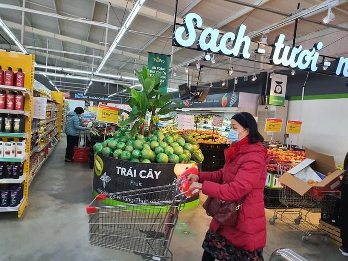 Thịt lợn giảm nhẹ tại chợ truyền thống, siêu thị khuyến mại nhiều loại thực phẩm - Ảnh 3.