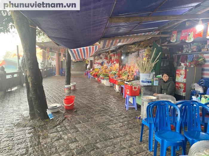"""Chùa Hương vắng tanh giữa """"mùa"""" dịch Corona - Ảnh 9."""