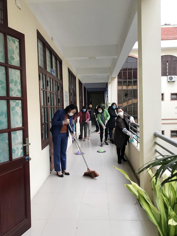 Hội LHPN Bắc Ninh vận động nhà hảo tâm tặng hơn 45 nghìn khẩu trang cho người dân phòng dịch Corona - Ảnh 1.