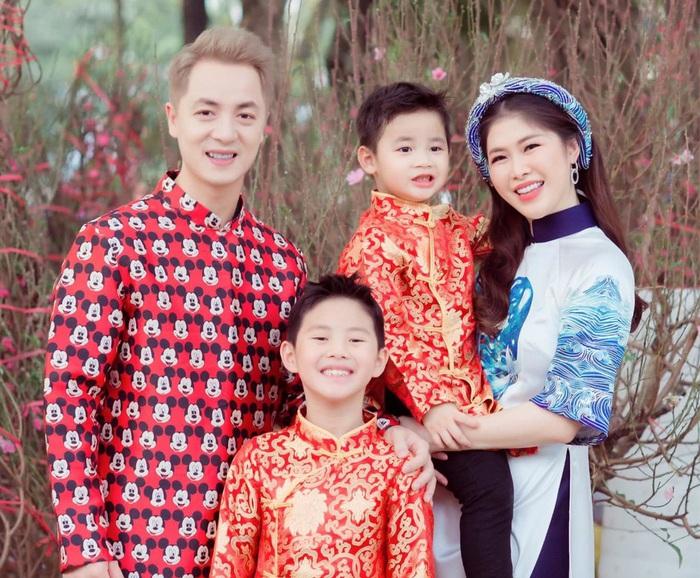 Đăng Khôi bật khóc khi nói về biến cố trong 14 năm yêu và kết hôn - Ảnh 3.