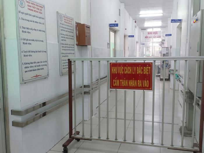 TPHCM lập khu cách ly cho những người đến từ 31 tỉnh thành của Trung Quốc - Ảnh 1.