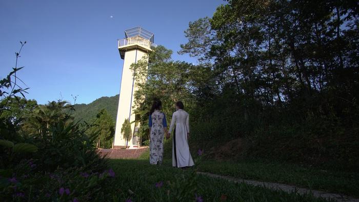 Khu vực Đài quan sát, nơi du khách có thể ngắm toàn cảnh Ba Vì