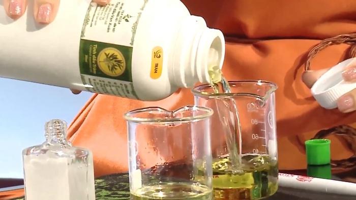 Phòng ngừa virus Corona, dược sĩ tư vấn 3 dấu hiệu nhận biết tinh dầu tràm nguyên chất - Ảnh 3.