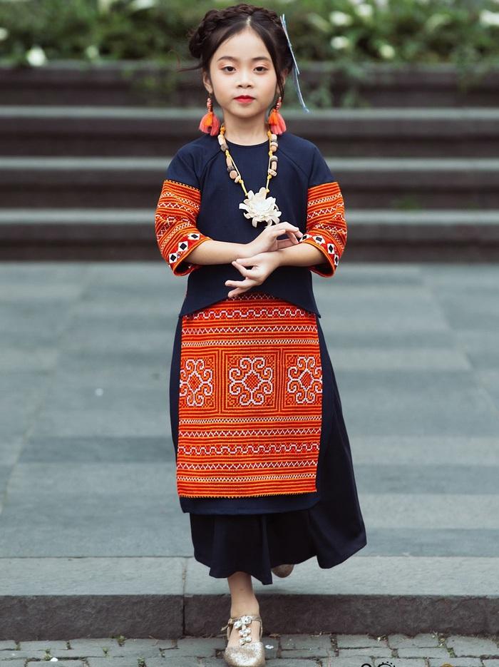 (anh Đăng) NTK Minh Phương: Chọn lối đi mới từ áo dài trẻ em - Ảnh 2.
