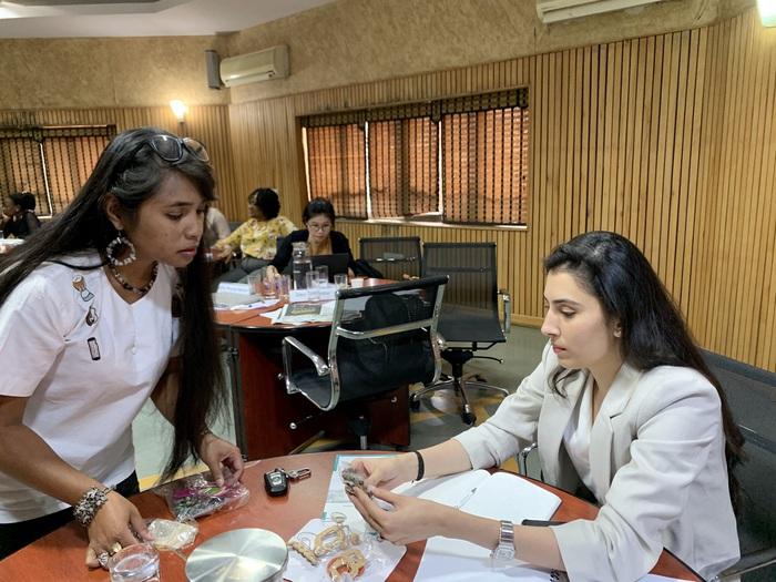 Nữ doanh nhân trẻ truyền cảm hứng cho hàng triệu phụ nữ khởi nghiệp Ấn Độ - Ảnh 2.