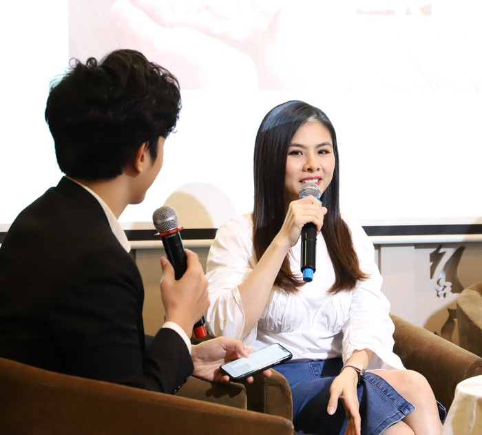 Diễn viên Vân Trang chia sẻ bí quyết làm giàu thời công nghệ - Ảnh 2.