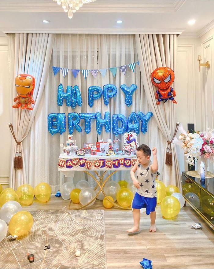 Sinh nhật nhưng không có khách mời, con trai Ly Kute nói một câu khiến mẹ chạnh lòng thương ghê - Ảnh 3.