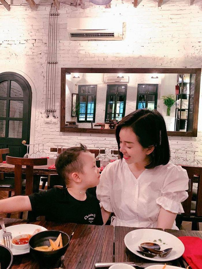 Sinh nhật nhưng không có khách mời, con trai Ly Kute nói một câu khiến mẹ chạnh lòng thương ghê - Ảnh 15.