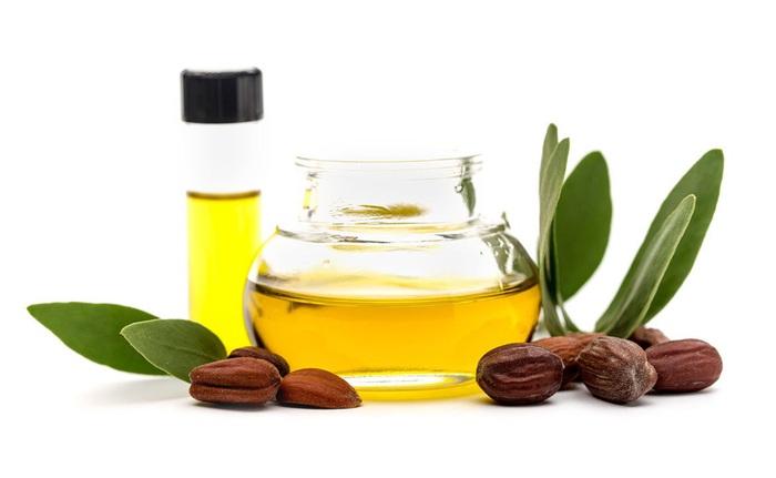Muốn da mềm như nhung khi xài dầu dưỡng, chị em nhớ phải chọn đúng loại dầu cho da - Ảnh 3.