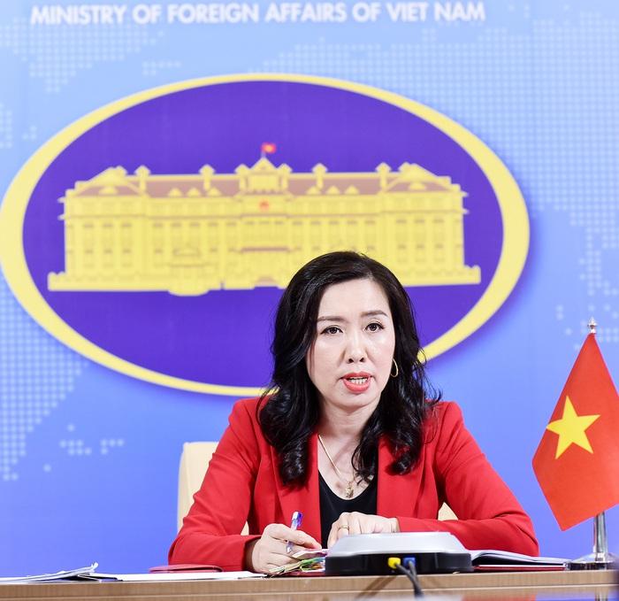 Người Phát ngôn Bộ Ngoại giao Việt Nam Lê Thị Thu Hằng tại buổi họp báo