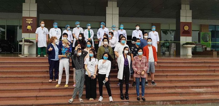 27 bệnh nhân nhiễm Covid-19 được xuất viện - Ảnh 1.