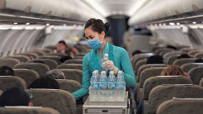 Vietnam Airline chỉ duy trì 4 đường bay, khách được hỗ trợ đổi hành trình - Ảnh 1.