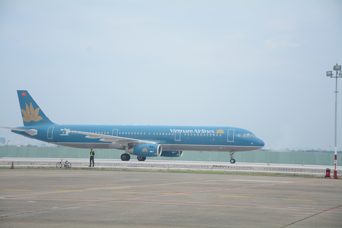 Đề nghị Cảng hàng không quốc tế Tân Sơn Nhất khử trùng tất cả máy bay - Ảnh 1.