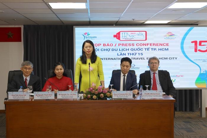 """Bà Nguyễn Thị Ánh Hoa, Phó Giám đốc Sở Du lịch TPHCM: """"Tôi đến với ngành du lịch bằng tình yêu, niềm đam mê và sự kiên trì"""" - Ảnh 3."""