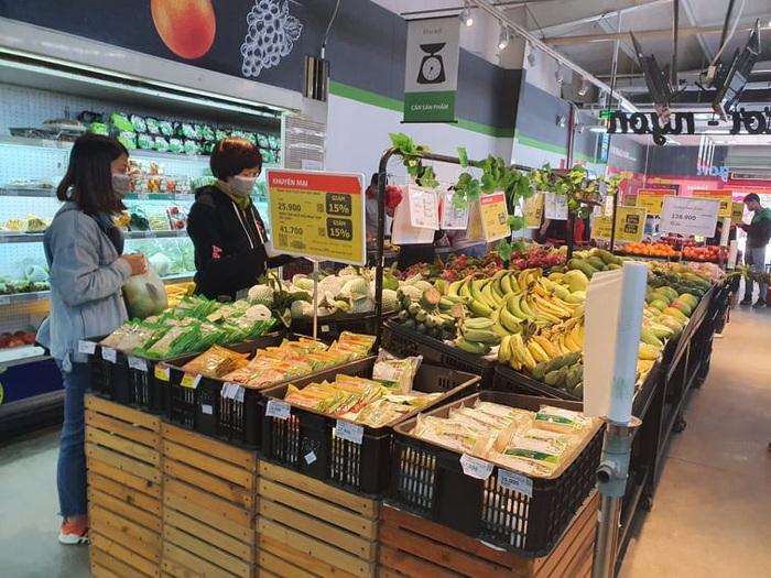 Chợ, siêu thị đầy ắp hàng hóa, thiếu bóng người mua - Ảnh 8.