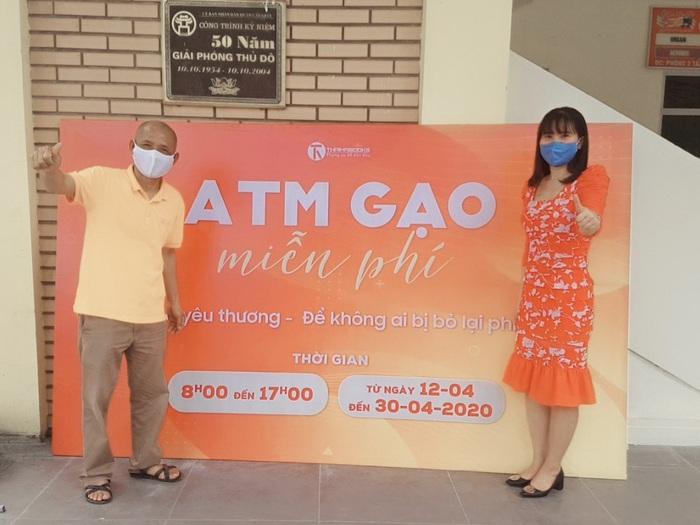 Cây ATM gạo miễn phí đầu tiên tại Hà Nội chia sẻ khó khăn trong mùa dịch Covid-19.  - Ảnh 6.