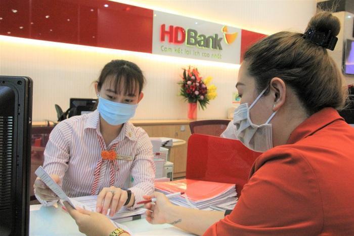 HDBank triển khai chương trình Gửi tiết kiệm online với mức lãi suất ưu đãi cao hơn 0,1% so với gửi tiết kiệm tại quầy