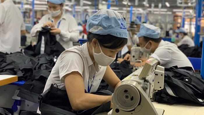 Hơn 4.000 doanh nghiệp Hà Nội ngừng hoạt động, số người thất nghiệp tăng 22% vì Covid-19 - Ảnh 1.