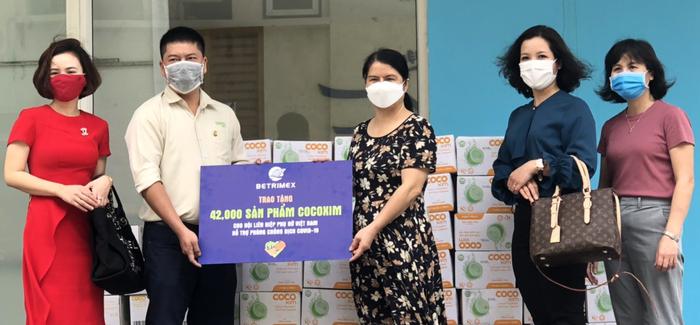 Trung ương Hội LHPN Việt Nam tiếp nhận ủng hộ của Betrimex Việt Nam trị giá hơn 500 triệu đồng - Ảnh 1.