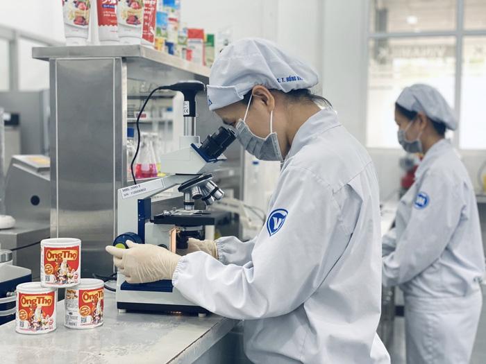 Các khâu kiểm tra, kiểm soát chất lượng được nhà máy thực hiện nghiêm ngặt để đảm bảo các quy định về sản phẩm của nước nhập khẩu