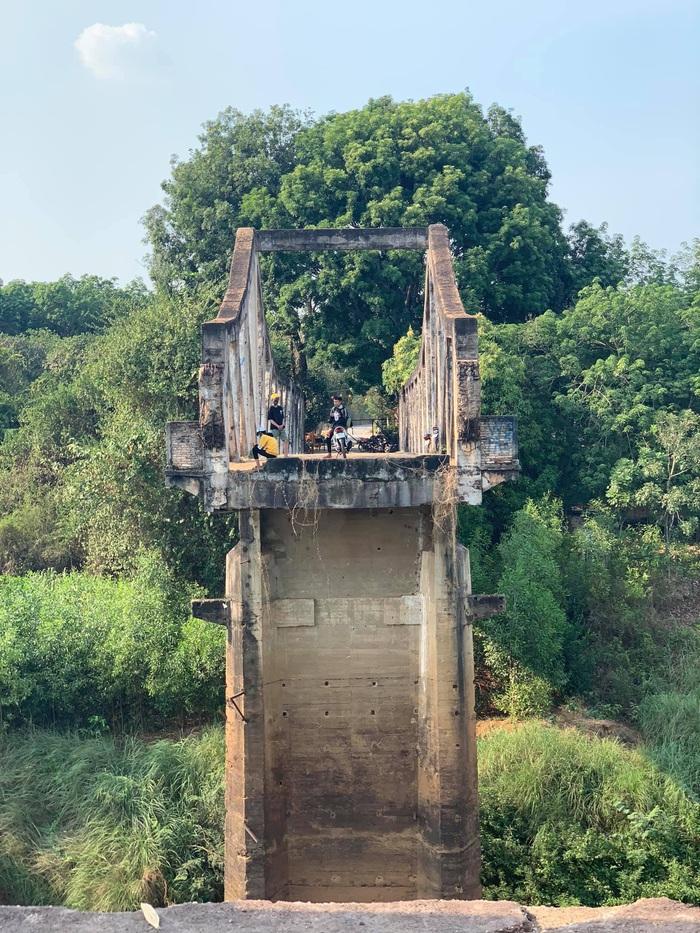 Cầu gãy nhịp Sông Bé – minh chứng lịch sử cho ngày đất nước hoàn toàn giải phóng năm 1975 - Ảnh 1.