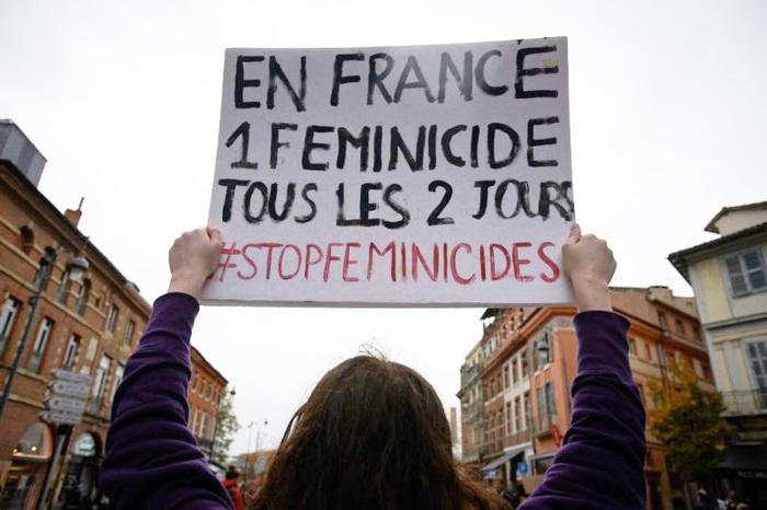 Một cuộc biểu tình tại Paris nhằm nâng cao nhận thức về tình trạng femicide (phụ nữ bị sát hại) tại Pháp
