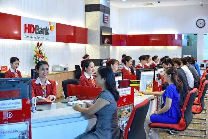 HDBank triển khai gói tín dụng ưu đãi 5.000 tỷ đồng, hỗ trợ khách hàng chi trả lương cho cán bộ công nhân viên mùa dịch - Ảnh 1.