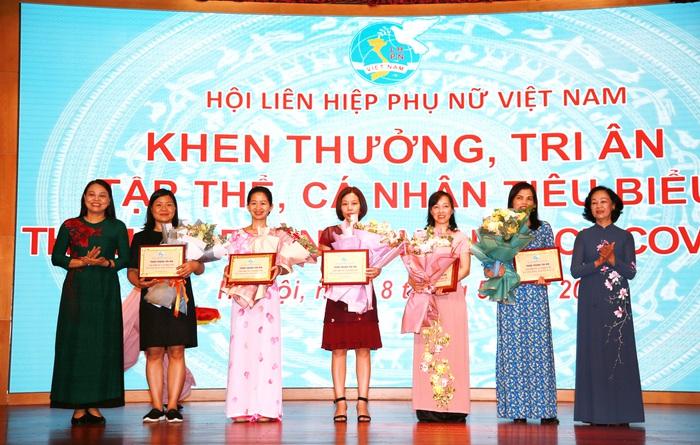 Hội LHPN Việt Nam tiếp tục làm tốt vai trò tổ chức đại diện quyền và lợi ích hợp pháp của phụ nữ - Ảnh 1.