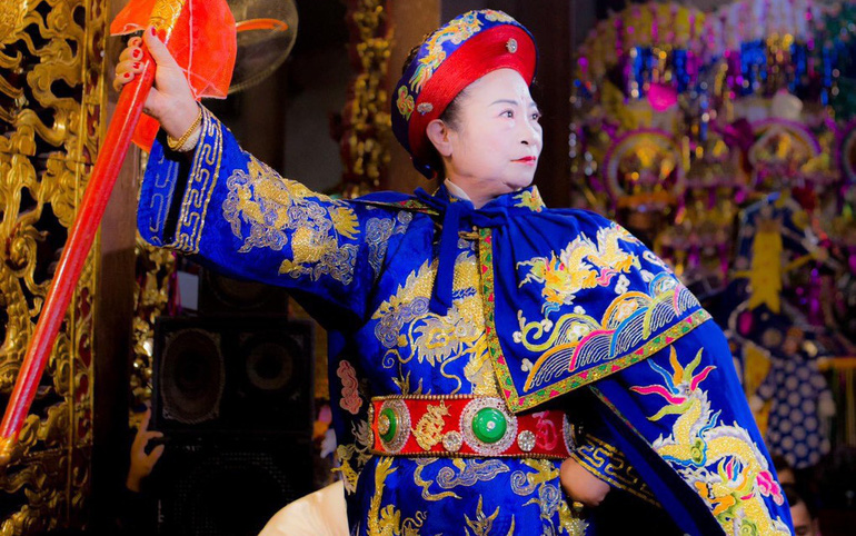 Nghệ nhân dân gian Nguyễn Thị Thuần